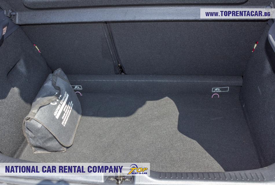 Renault Clio IV TCe от Top Rent A Car